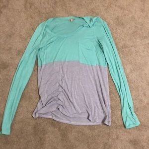 Anthropologie green/gray large soft flowy shirt